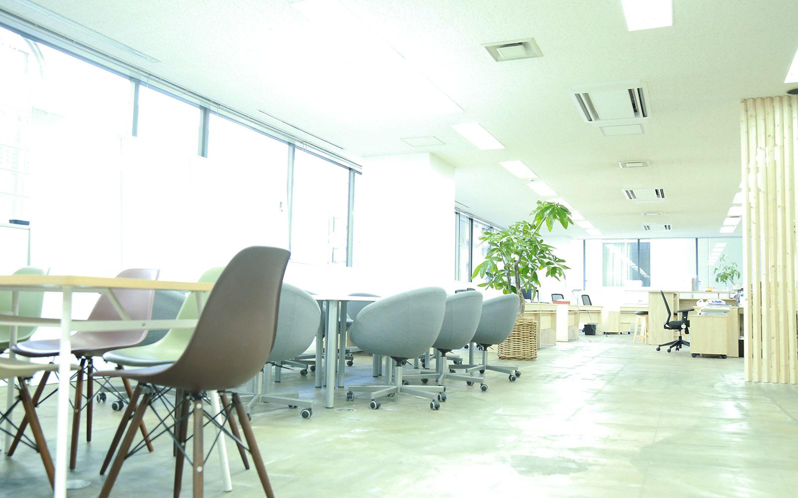 大阪CDU フロア写真1