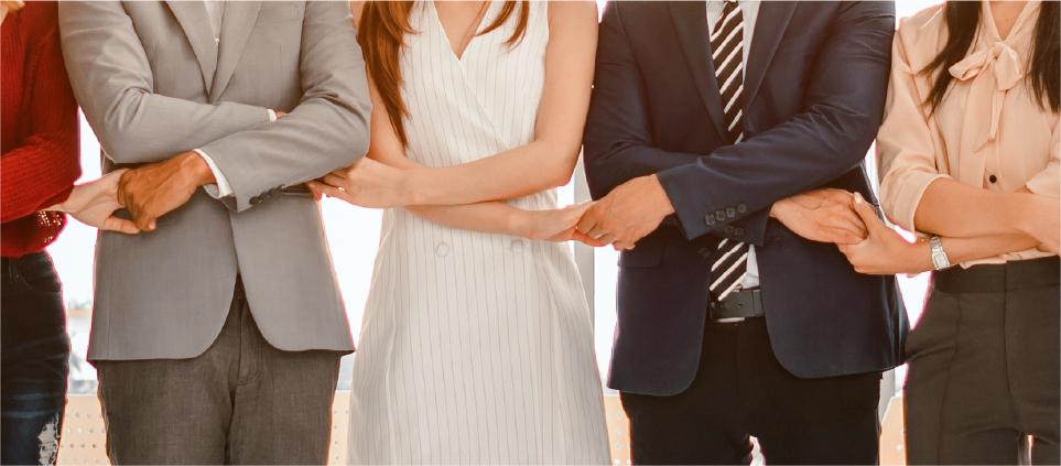 ブランディングに特化したパートナーと共に共創型で取り組む。